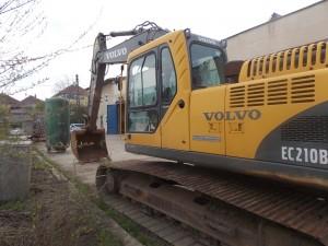 Excavator Volvo EC 210 BLC